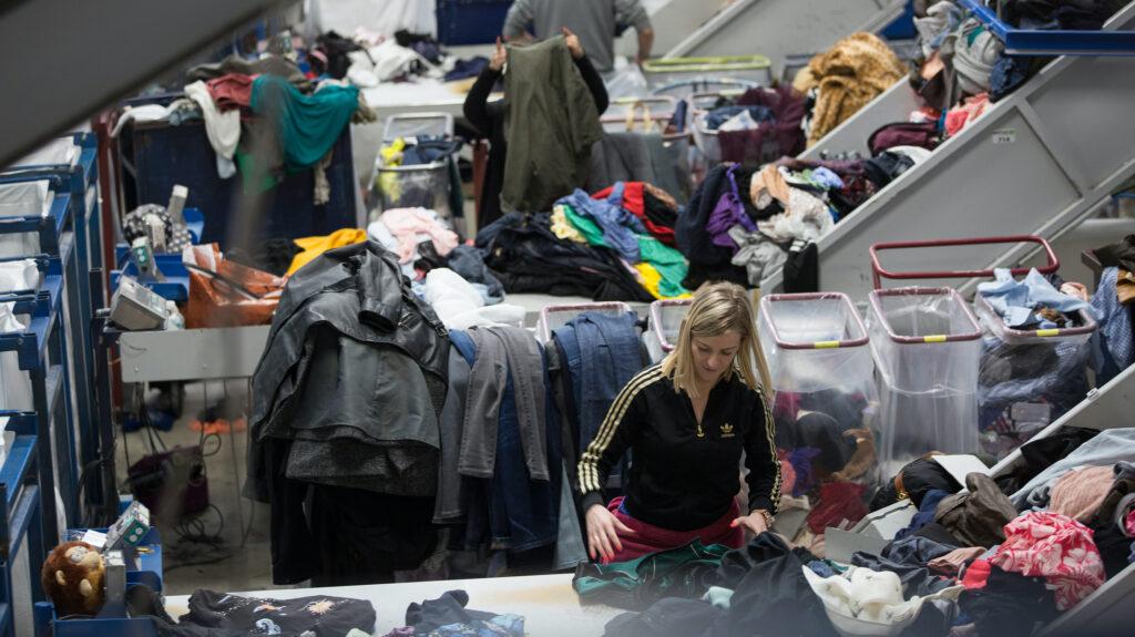 Lemabotex - distributing clothes
