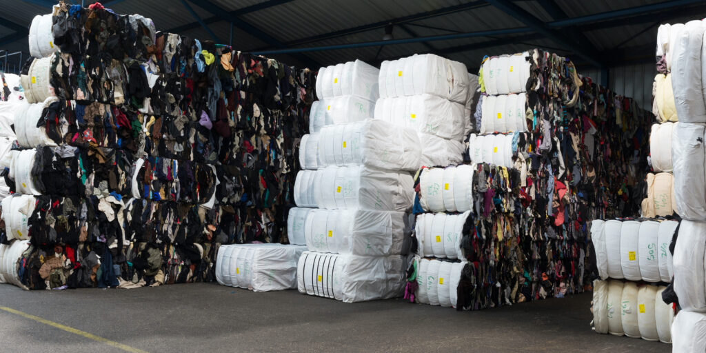Lemabotex - bags with clothes